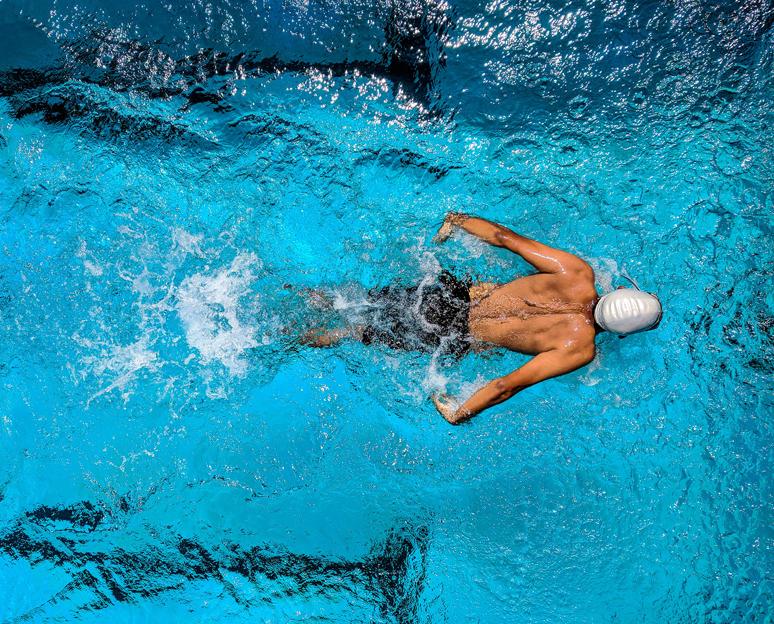 Sport en piscine : bienfaits pour la santé et la silhouette